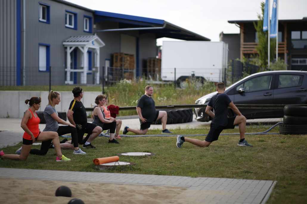 Outdoor Bootcamp Stretching Personal Trainer